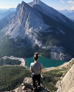 3 Days in Banff In the Summer: The Best 3 Day Banff Itinerary – Misha L. 3 Days in Banff In the Summer: The Best 3 Day Banff Itinerary 3 days in Banff National Park – the best 3 day Banff summer itinerary Canada National Parks, Parks Canada, Jasper National Park, Rocky Mountain National Park, Oh The Places You'll Go, Places To Travel, Places To Visit, Banff Canada, Alberta Canada