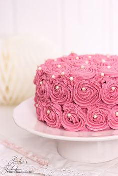ber ideen zu rosentorte auf pinterest kuchen torten kurs und rosa rosen kuchen. Black Bedroom Furniture Sets. Home Design Ideas