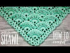 Crochet Lace Scarf, Crochet Jacket, Crochet Blanket Patterns, Crochet Doilies, Pineapple Crochet, Cross Stitch Art, Crochet Woman, Crochet Videos, Shawls And Wraps
