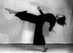 inneroptics:    Hans Robertson-   Weimer   era dance scene in the 20es.