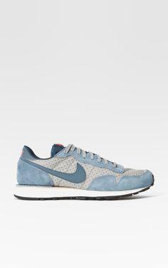 a676248b4cef Die 50 besten Bilder von sneakers   Shoes sneakers, Loafers   slip ...