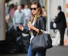 Olivia Wilde has already adopted it bag of the season. 'Bamboo Shopper' Gucci.