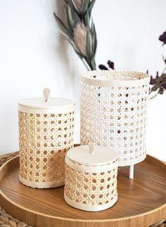 Wiener Zopf basteln - DIY Home Decorations Bamboo Crafts, Rope Crafts, Diy Home Crafts, Diy Home Decor, Boho Diy, Deco Table, Basket Weaving, Decoration, Diy Furniture