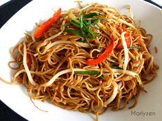 Marlyzen, cuisine revisitée: Nouilles sautées aux germes de soja Just Eat It, Cata, Wok, Japanese Food, Japchae, Spaghetti, Veggies, Meals, Cooking