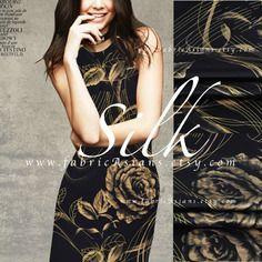 Tissu de soie noir fleurs doré