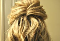 such a simple way to do half up/half down... classy and easy to put a veil under, brides!