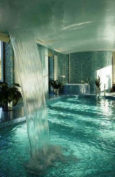 Amazing Pool - Just a dream. I LOVE indoor pools! Romantic Bathrooms, Dream Bathrooms, Bathtub Dream, Amazing Bathrooms, Dream Shower, Spa Shower, Romantic Bathtubs, Big Bathtub, Shower Bathroom