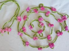 Flowers Garland Set for the School Bag Flower Vine Felted Green Flowers, Felt Flowers, Felt Pictures, Flowering Vines, Flower Garlands, Shades Of Green, School Bags, Needle Felting, Fun Crafts