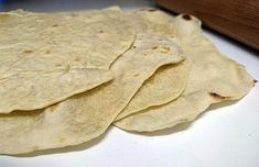 La meilleure recette de Pâte pour wrap! L'essayer, c'est l'adopter! 5.0/5 (1 vote), 3 Commentaires. Ingrédients: Pour 8 galettes : 400g de farine 15 cl d'eau tiède 1 CaC de sel 10 cl d'huile d'olive