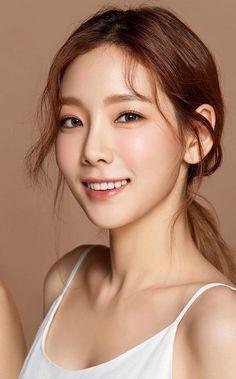 ✧・゚#girlsgeneration #taeyeon Girls Generation, Girls' Generation Taeyeon, Yoona, Snsd, Kpop Girl Groups, Kpop Girls, Korean Beauty, Asian Beauty, Beautiful Asian Women