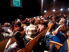 Terceira apresentação com casa lotada! Terceira semana com casa lotada!  DICAS MALUCAS, no Teatro Eva Wilma! https://www.youtube.com/watch?v=Hw6si4F1-WA