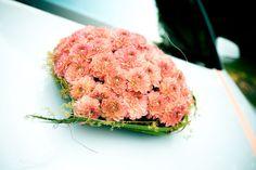 Hochzeitsauto Blumengesteck Herz Dahlien apricot