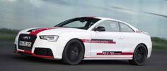 El V6 diésel incorpora un compresor eléctrico que aumenta la potencia hasta 385 CV y acelera de 0 a 100 en 4 segundos.