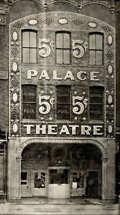 The Palace Theatre, Broadway theatre located at 1564 Broadway (at West 47th Street) in midtown Manhattan, New York City. From 1913 through about 1929, the Palace attained legendary status among vaudeville performers as the flagship of the monopolistic Keith - Albee organization, and the most desired booking in the country.
