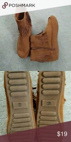 Arizona Fringed Moccasin Ankle Boots Arizona Fringed Moccasin Ankle Boots. Never worn. Size runs a bit big arizona Shoes Ankle Boots & Booties