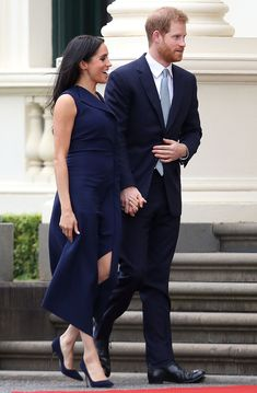 Prince Harry, Duke of Sussex and Meghan, Duchess of Sussex attend a reception at Government House on October 2018 in Melbourne, Australia. The Duke and Duchess of Sussex are on their official. Get premium, high resolution news photos at Getty Images Prinz Harry Meghan Markle, Meghan Markle Prince Harry, Prince Harry And Megan, Harry And Meghan, Meghan Markle Shows, Meghan Markle Style, Sussex, Princess Meghan, Real Princess