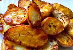 Pecsenyeburgonya húsételekhez, ha kevés a vele sült burgonya Vegetarian Recipes Easy, Meat Recipes, Cooking Recipes, Healthy Recipes, Potato Dishes, Veggie Dishes, Hungarian Recipes, Paleo, Recipes From Heaven