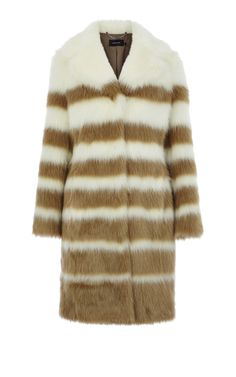 From bombers to macs to puffers, you'll discover coats for every occasion at Karen Millen. Jackets For Women, Clothes For Women, Karen Millen, Outerwear Women, My Wardrobe, Faux Fur, Fur Coat, Fashion Outfits, Lady