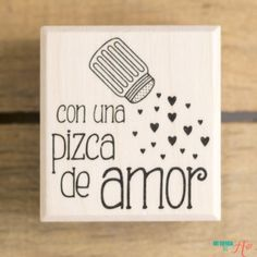 Sello de madera Con una pizca de amor Ideas Aniversario, Romantic Gifts, Planer, Gifts For Him, Ideas Para, Diy And Crafts, Birthday Gifts, Projects To Try, Bffs