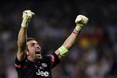A vibração do mito Buffon após o gol de Morata. Em busca da 1ª Champions League de sua carreira