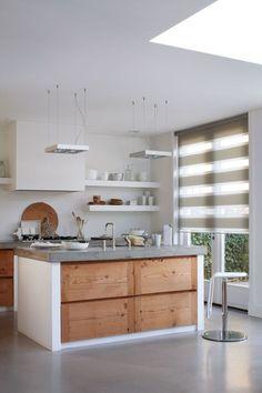 Betonnen aanrechtbladen zijn hip! Lees meer over de laatste keukentrends op Woonblog!