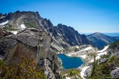 The Enchantments! Backpacking Trails, Hiking Trails, Asia Travel, Travel Usa, Leavenworth Washington, Mountain Goats, Fun Outdoor Activities, Backpacking South America, The Enchantments