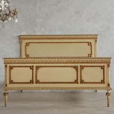 Opulent Vintage Full Bed in Cream Finish $1,975.00 #thebellacottage #shabbychic #eloquence