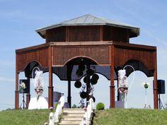 Orientalna altana na wzgórzu - doskonałe miejsce na zorganizowanie niezapomnianej ceremonii ślubnej wśród pięknej roślinności i zabytkowych zabudowań, Dwór w Tomaszowicach / ul. Krakowska 68, Tomaszowice. #ślub #wesele #dwór #cracow #wedding #garden #manor