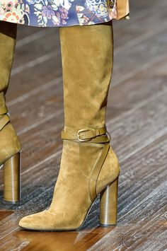 Gucci | Spring 2015 Fashion Show Close-ups | The Imprint