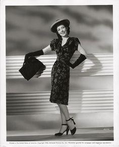 Loretta Young, 1943