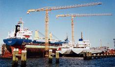 http://vervlogentijden.blogspot.nl/2017/12/elke-dag-een-nederlands-schip-uit-het_19.html  Mei 1991 in dok bij Niestern Sander B.V. te Delfzijl ICECRYSTAL langszij het dok de PROTON en de VANESSA van Beck's Scheepvaartkantoor N.V., Groningen