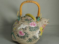 Lovery bird tea pot, more than 100 years old!