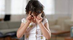 Bonnie moet elke ochtend als ze wakker word huilen, tot dat ze een meisje Ine ontmoet, de ouders van Bonnie worden er gek van