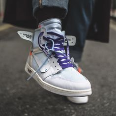 "Air Jordan 1 x Off White ""Triple White"" Air Jordan Sneakers, Jordans Sneakers, Air Jordans, Adidas Sneakers, Jordan 11, Jordan Nike, Nike Kicks, Baskets Nike, White Nikes"