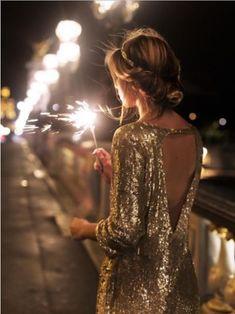 какое платье выбрать на новый год петуха