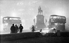 LONDON SMOG 1962 and 25 Amazing Photos of 1960s London