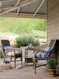 outdoor patio cover- love the exposed metal roof Wood Patio Furniture, Outdoor Furniture Sets, Antique Furniture, Furniture Plans, Farmhouse Interior, Rustic Farmhouse, Outdoor Spaces, Outdoor Living, Rustic Outdoor