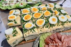 Amazing Food Decoration, Ale, Polish Recipes, Easter Dinner, Avocado Egg, Cobb Salad, Salad Recipes, Potato Salad, Sushi