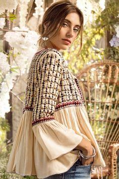 Quirky Fashion, Ethnic Fashion, Colorful Fashion, Boho Fashion, Fashion Dresses, Moda Boho, Moda Hippie, Style Hippie Chic, Bohemian Style