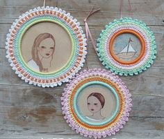 3 Crochet Picture Frames (paid) Pattern by AterGcrochet/Etsy.com