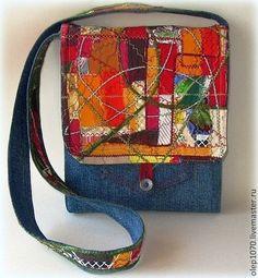 Женские сумки ручной работы. Ярмарка Мастеров - ручная работа Джинсовая сумка с ярким клапаном. Handmade.