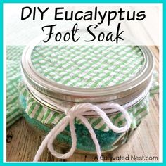 Need to relax after a long day? Make this easy DIY eucalyptus foot soak and give your feet a nice rest! This makes a great gift!