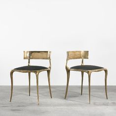 the boo and the boy: fabulous desk layout for Design Furniture, Furniture Decor, Console Design, Desk Layout, Love Chair, Dining Chairs, Gold Chairs, Metal Chairs, Side Chairs