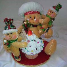 Gingerbread Christmas Decor, Gingerbread Crafts, Felt Christmas Ornaments, Christmas Crafts, Christmas Decorations, Xmas, Holiday Decor, Gingerbread Men, Felt Dolls