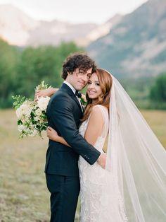 Aimee Carrero & Tim Rock's Elegant and Modern Aspen Wedding. Photos by Rachel Havel