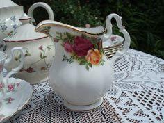 'Old Country Roses' Royal Albert Cream Jug