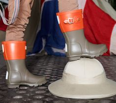 NEW IN FOR KIDS: Unleash your everyday pioneer with the newest contrasting colours from the Kids Original boot collection.  www.hunter-boot.com