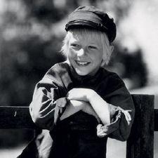 Vaahteramäen eemeli elokuvat ja kirjat Pippi Longstocking, Black And White Pictures, Comic, Movies And Tv Shows, Childhood Memories, Famous People, Movie Tv, Tv Series, Laughter
