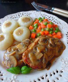 Schab w Sosie Pieczarkowym - Przepis - Słodka Strona Meat, Chicken, Kitchen, Food, Cooking, Kitchens, Essen, Meals, Cuisine