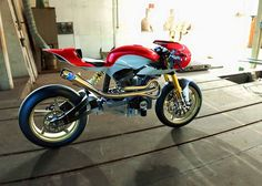 garageprojectmotorcycles: One of the best custom bikes Ive. garageprojectmotorcycles: One of the best custom bikes Ive ever seen. Custom Sport Bikes, Custom Motorcycles, Cars And Motorcycles, Buell Cafe Racer, Cafe Racer Bikes, Cafe Racers, Motorcycle Design, Bike Design, Chopper
